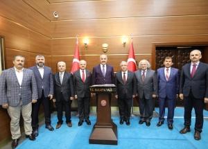 MGK Genel Sekreteri Hacımüftüoğlu'ndan Vali Nayir'e ziyaret