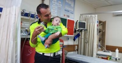 Polis ağabeylerinden minik Yusuf'a ziyaret