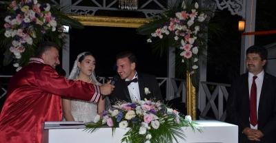 Prof. Dr. Aydın Yılmazer; oğlu  Muhammet Ali'yi evlendirdi…