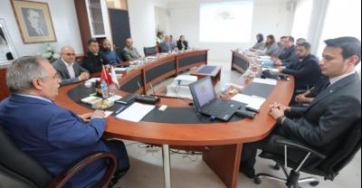 Vali Nayir Karapürçek İlçesinde İstişare Toplantısına Katıldı