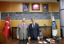 Serdivan Belediye Başkanlığına yeniden seçilen Yusuf Alemdar'a